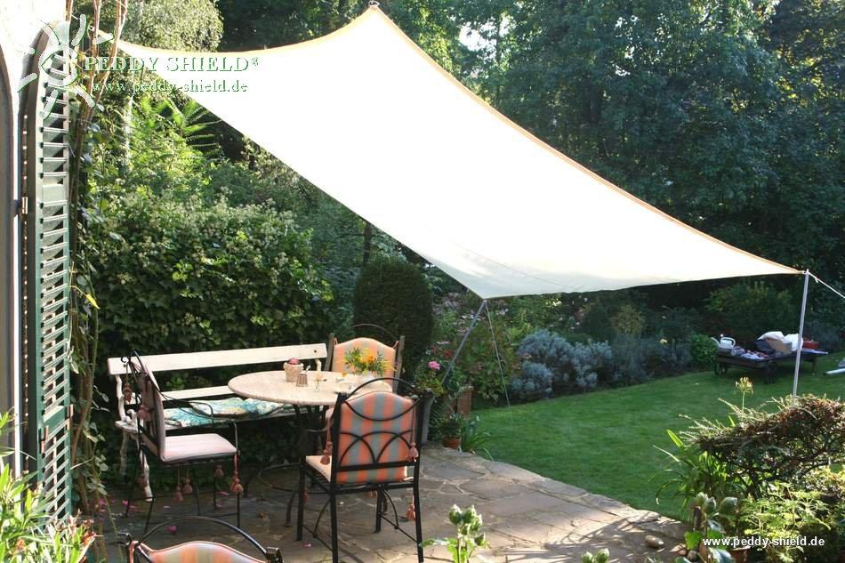 piquet de soutien en m tal pour installer une voile solaire au jardin. Black Bedroom Furniture Sets. Home Design Ideas